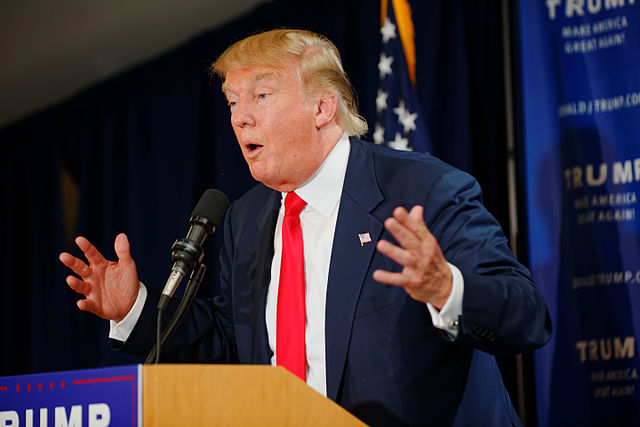 Donald_Trump_Laconia_Rally,_Laconia,_NH_4_by_Michael_Vadon_July_16_2015_03