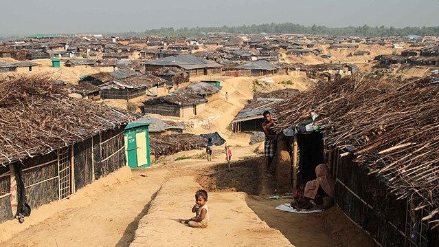 640px-Kutupalong_Refugee_Camp_(John_Owens-VOA)